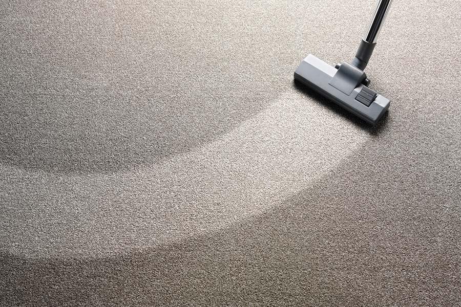 dywan sprzątanie